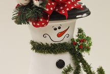 Christmas crafts / by Mello-Dee Capps