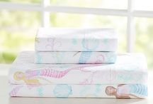 MERMAID THEME SHARED GIRLS ROOM. / coral and seafoam little girls' room with a mermaid theme.