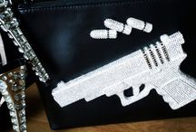 HAND GUN CLUTCH BY LT FASHION / High 8,5 inches Width 10,5 inches Order by WA +62 818 0799 6868