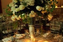 Flores y más... / Arreglos florales, centros de mesas, arreglos florales para todo tipo de eventos / by Ricardo Aguirre