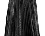 PLEATED SKIRTS INSPO