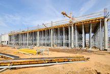 Rozbudowa Portu Lotniczego Poznań Ławica / Dzięki dofinansowaniu z UE i z myślą o EURO 2012 trwają obecnie prace budowlane w prawie wszystkich większych portach lotniczych w Polsce. My także mamy w nich swój udział - systemy ULMA są wykorzystywane przy rozpoczętej niedawno rozbudowie Portu Lotniczego Poznań Ławica.