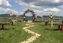 Outdoor Wedding Ceremonies / Get inspired for your outdoor wedding and see what we have to offer! Experience and Creative Design offers fresh flowers for wedding and events. They service the Capital Region and beyond and are located in Schenectady, NY.