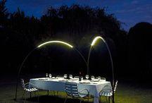 Mobiliario e iluminación / Todas las piezas de mobiliario e iluminación que resalten por su diseño.