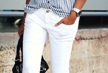 How to Style White Jeans / You don't have to pack up  your white jeans after Labor Day. Outfit inspiration to style them year round.