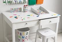 Barnskrivbord