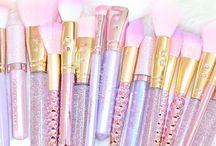 Makeup brushes♡♡
