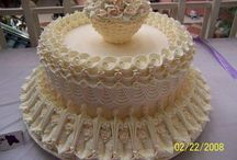 Piped icing cakes