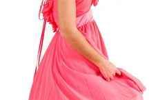 Φορέματα / Επώνυμα Φορέματα σε πολλές κατηγορίες όπως Βραδινά, Τουαλέτες, Cinema, Cocktail, Αρχαιοελληνικά...
