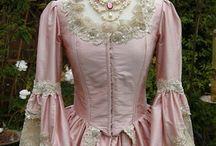 Marie Antoinette a dobové šaty