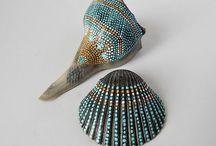 shells n pebbles