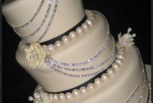 cakes / by Kassie Longbrake