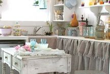 [shabby chic style] / Styling your home with shabby chic design and accessories