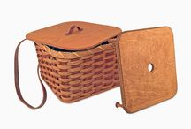 Pie Baskets / Our Amish Pie Baskets give you a one-of-a-kind look anytime you use or display them. Any pie carrier basket from our selection is guaranteed to give you a lifetime of enjoyment.