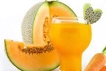 Gesunde Shake Rezepte / Die Diät-Shake Rezepte von amapur sind vitaminreich und einfach in der Zubereitung. Sie eignen sich optimal zum Abnehmen und als gesunde Zwischenmahlzeit. Die Diät-Shakes bieten darüber hinaus viel Abwechslung während der amapur flexibel Diät.