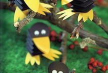 krákajú vrany na poli