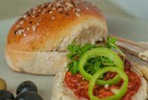 Receptek kenyérsütőhöz