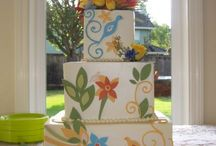 Colorful wedding cakes / Far from boring, these are wonderful examples of cakes that are  full of personal style!