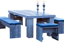 WITTEKIND Esstisch 8 + 2 / Der Esstisch 8+2 ist das Prunkstück der Terrassenmöbel-Serie von WITTEKIND und bietet bis zu zehn Personen bequem Platz. Hier haben Sie genügend Raum für alle Köstlichkeiten, die Ihre Küche oder der Grill zu bieten haben und selbstverständlich auch für ein großes und erfrischendes Sortiment an Getränken sowie eine üppige Dekoration.