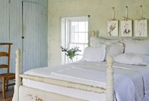 Home/Master Bedrooms / by Lindsey Campbell