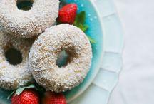 donuts+strawberry