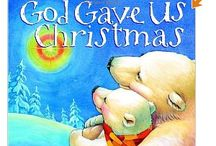 Christmas Books Must read each year! / A collection of books that tell the story of Christmas or pass on the Christmas spirit without all the commercialism.