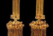 ✔ Ancient jewellery