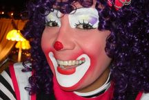Entertaining Clowns / Our team of entertaining clowns are talented face painters and balloon artists and they can play games and put on shows for the children at your party! If you are interested in booking a clown for your child's birthday party, carnival themed party, corporate party or company event in the Riverside, Temecula or San Bernardino County, call today! 888-750-7024
