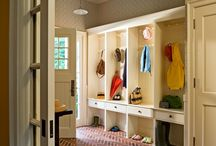 Powder Room - Mud Room ideas / earthy glam? / by Shelly Garrity