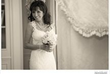 Paris elopement / Wedding couple eloping to Paris for a beautiful intimate wedding
