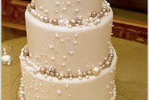 Plain wedding cakes