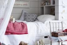 Уютненько / декор интерьера, влияние цвета на жизнь людей, настроение  в доме, отношения с домом