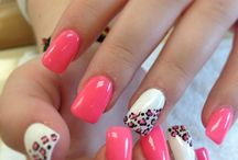 Nail Art / Find all kinds of crazy and classy nail arts here