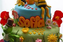 Maya the bee  cakes, cookies and cupcakes