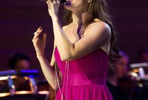 Past Shows - IDINA MENZEL / Idina Menzel is coming to the Fabulous Fox Theatre on August 15, 2017!