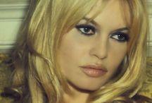 Nov Photoshoot make up groupie