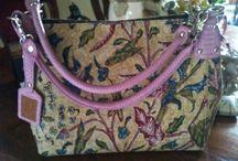 Traditional batik bags / Genuine snake leather and batik ~ @etnikbyshasa (instagram)