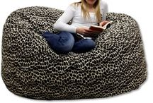 Xlarge Royal Sack / These giant bean bags are filled with shredded foam and made from the highest quality fabric available. The extra large bean bag chair also features our safety patch system. A small patch covers the zipper opening of the huge bean bag chairs in order to make it difficult for small children to open the bean bag. King Beany™ is the industry leader in foam chairs and giant bean bag furniture.