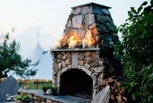 Outdoor Entertaining / by Dani Lyons