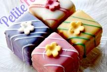 *PETIT FOURS~MINI CAKES* / by *~💐ʂɛཞɛŋıɬყ💐~*