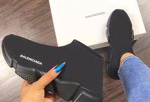 Sneaker Game.