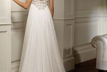 Style: Empire wedding dress / Style: Empire wedding dress.This style perfect for your destination wedding on the beach or vineyard.