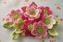 Crochet Flowers / by Debbie Anderson Nolen