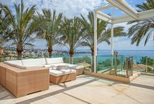 Villa Windermere Mallorca / http://www.finest-holidays.com/luxury-villas-Mallorca-South-West/Villa_Windermere.htm EXCLUSIVE VILLA FOR THE PERFECT HOLIDAY EXPERIENCE With it's stunning location into the hills of Cas Catala Nou and breathtaking views over the Bay of Palma, the luxury vacation villa Villa Windermere on Mallorca guarantees the perfect and quiet holiday location to relax with your family or friends. Enjoy the beautiful garden area with exotic plants, two pools, Jacuzzi steam sauna and tennis court