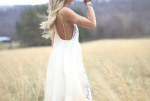 Blanc Immaculé ... / Le blanc est depuis toujours la tendance intemporelle par exellence, cet été encore elle se retrouve sur tous les podiums. Découvrez notre sélection sur MonShowroom.com / by MonShowroom.com ♥