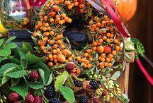 Kompozycje kwiatowe do domu / Najpiękniejsze kompozycje kwiatowe do domu - pachnące dekoracje i aranżacje. #dekoracje #kompozycje #kwiaty #aranżacje #dom #róże #jesień #lato #zima #wiosna #wystrój
