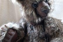 teddy bears / by Michelle Elizabeth