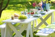 Picnic Tables.....indoors and out / by Cathy Newberry Horne