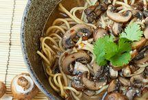 FOOD: Noodles