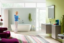 bathrooms / large bathroom